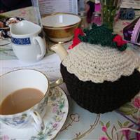 Woolly Chic Christmas Pudding Tea Cosy Kit