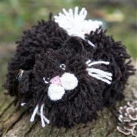 Woolly Chic Black And White Cat Crochet Tea Cosy Kit