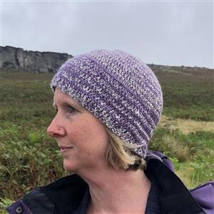 Woolly Chic  Denim Blue/Purple HeartSpun Hat Crochet Kit