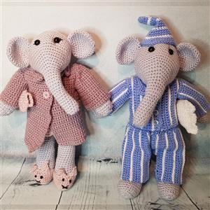 Elephant Couple in Nightwear Yarn Pack