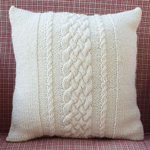 Woolly Chic Pembrokeshire Cable Cushion Kit