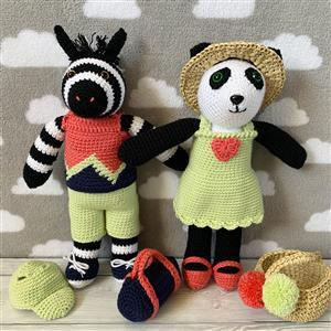Panda/Zebra Couple in Play Clothes Yarn Pack